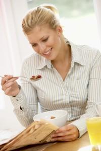 woman.eating.breakfast 7