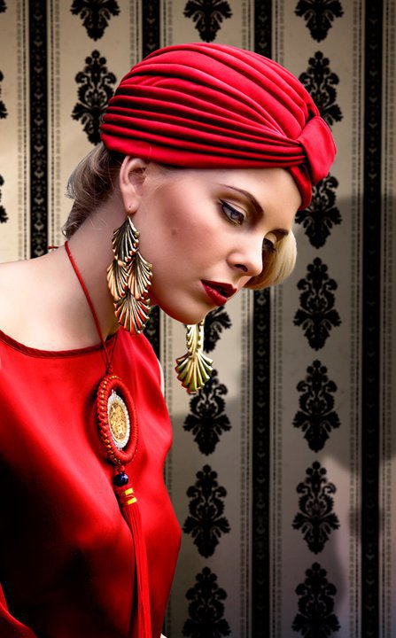 Wear Turbans and Headwraps as a Fashion Detail! Here is ...