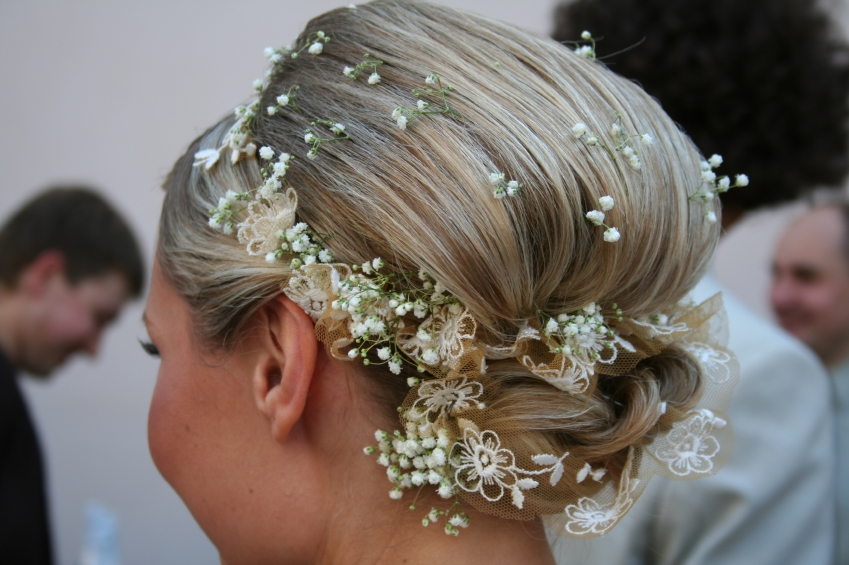 Beautiful Wedding Hairstyle For Long Hair Perfect For Any: 5 THE BEST HAIRSTYLES FOR ANY BRIDE !!!