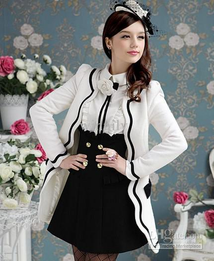 20 Ways To Wear Black And White Outfits!