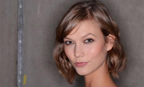 Female Fatal hair style 2014