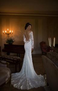650x1015xBerta-Bridal-Gowns-31.jpg.pagespeed.ic.OHepqqLBtwubKxemYKjq