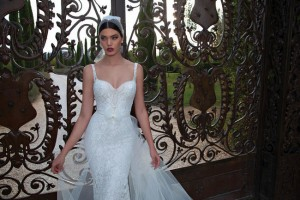 650x433xBerta-Bridal-Gowns-13.jpg.pagespeed.ic.libsZYE6We4HjKv1TSlE