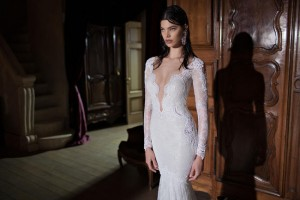 650x433xBerta-Bridal-Gowns-26.jpg.pagespeed.ic.HaG0Cf_znnoIxQ00knra