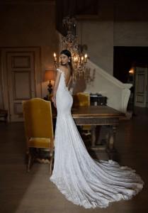 650x935xBerta-Bridal-Gowns-20.jpg.pagespeed.ic.NoIH3iK4VCDlesJKbDbA
