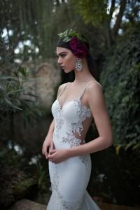 650x975xBerta-Bridal-Gowns-3.jpg.pagespeed.ic.Az-17NKQ0Jj1u6BaoFQ8